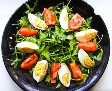 salatka-z-kurczakiem-i-rukola (6)
