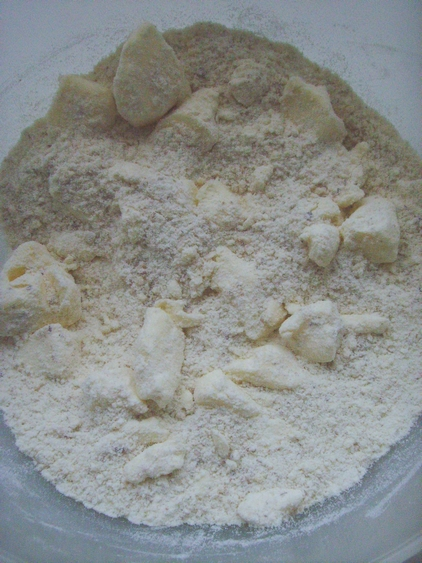 apricot tartlets - dishonored - tartaletki migdałowe z masą z mascarpone i morelami (2)