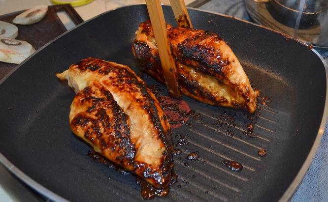 kanapka z kurczakiem - wiedźmin - kurczak marynowany w piwie stout 7