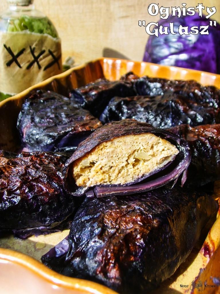 ognisty gulasz Snafa- Gothic II Noc Kruka - pieczone mięso w otoczce z czerwonej kapusty